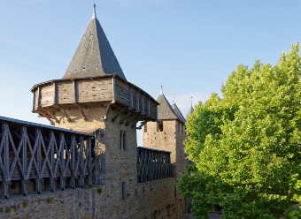 Castillo y murallas